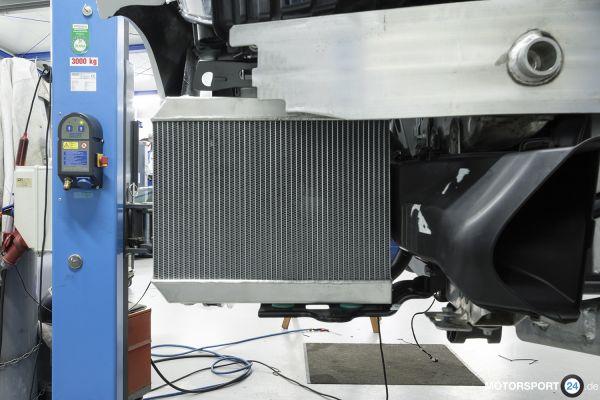 BMW M2 F87 (S55) Zusatz-Wasserkühler rechts Race