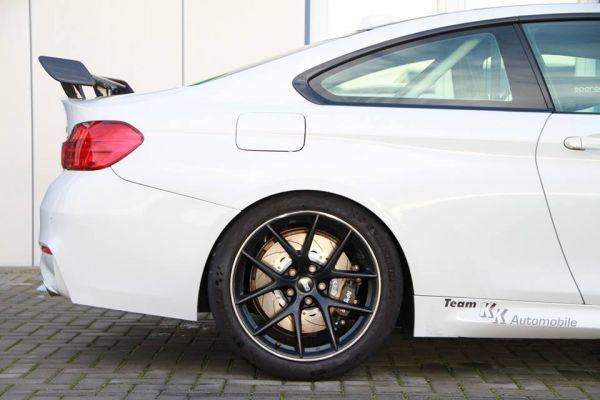 BMW M4 F82 AP Racing PRO 5000 R hinten