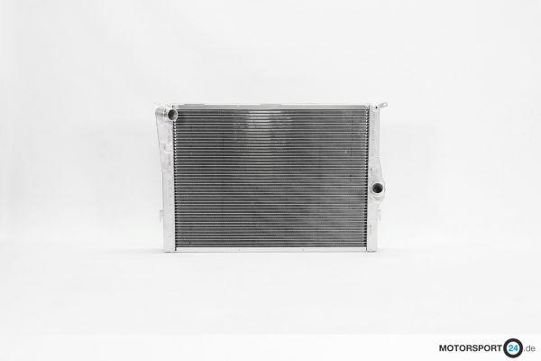 BMW M3 E92 Wasserkühler Race S65