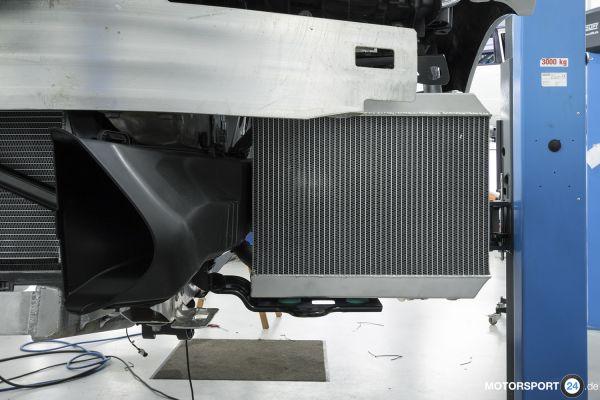 BMW M2 F87 (S55) Zusatz-Wasserkühler links Race